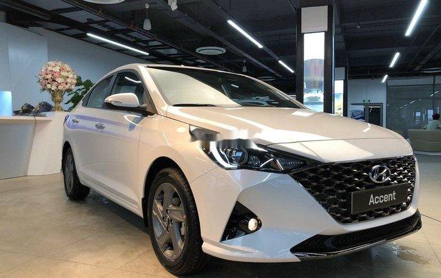 Bán xe Hyundai Accent năm 2020, màu trắng, 515tr0