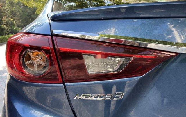 Cần bán xe Mazda 3 năm sản xuất 2018, màu xanh lam11