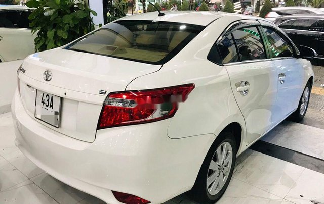 Bán ô tô Toyota Vios sản xuất năm 2017, màu trắng, giá chỉ 385 triệu2