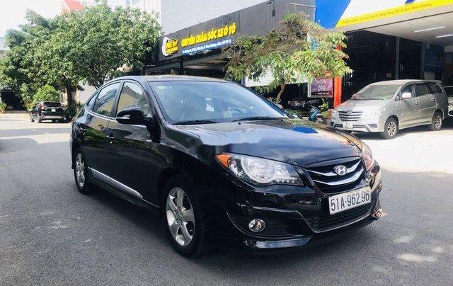 Cần bán Hyundai Avante năm sản xuất 2014, màu đen0