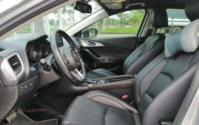 Bán Mazda 3 năm sản xuất 2018 còn mới, 588 triệu6