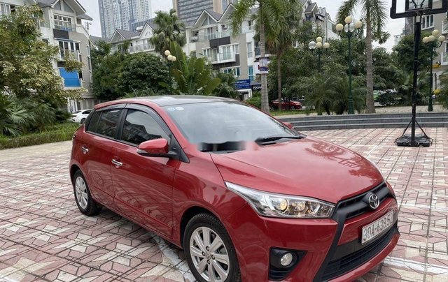 Cần bán Toyota Yaris sản xuất 2014, màu đỏ, nhập khẩu, giá tốt4