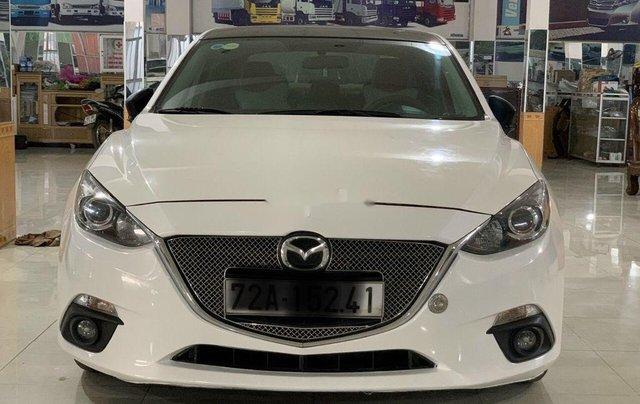 Cần bán lại xe Mazda 3 năm sản xuất 2015, màu trắng, nhập khẩu nguyên chiếc0