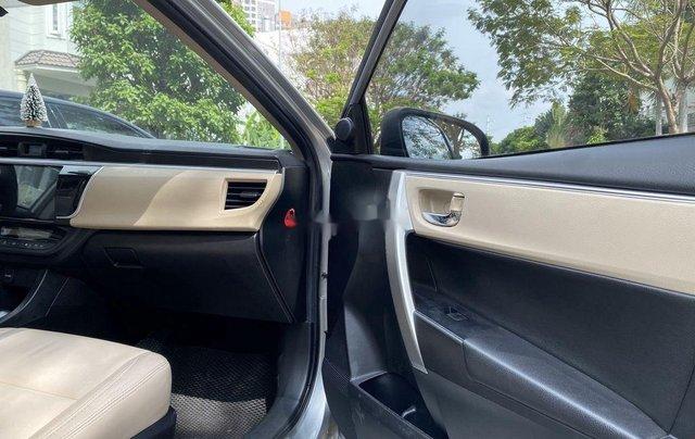 Xe Toyota Corolla Altis đời 2015, màu bạc còn mới, giá 536tr9