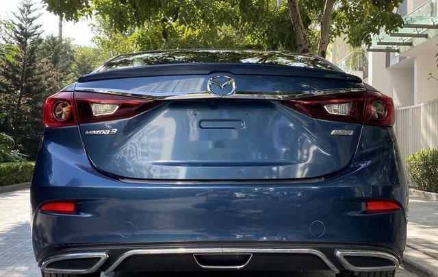 Cần bán xe Mazda 3 năm sản xuất 2018, màu xanh lam4