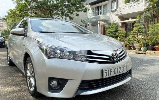 Xe Toyota Corolla Altis đời 2015, màu bạc còn mới, giá 536tr1