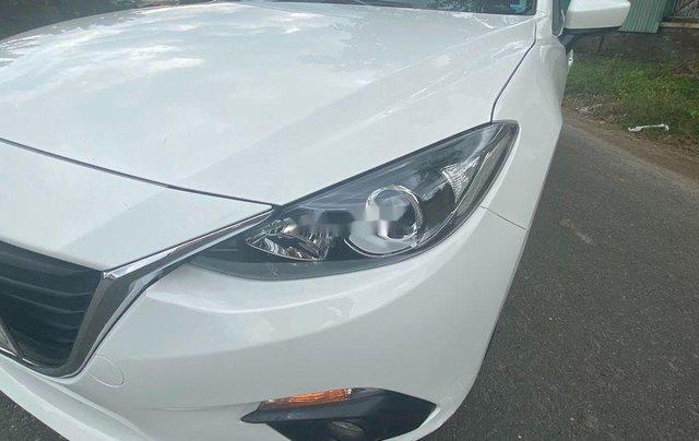 Cần bán lại xe Mazda 3 2015, màu trắng còn mới, 475 triệu5