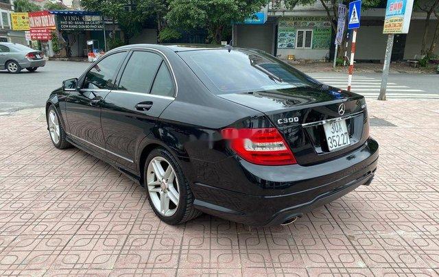 Cần bán lại xe Mercedes C300 AMG năm sản xuất 2011, màu đen3