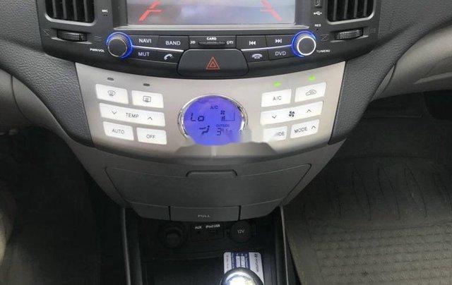 Cần bán Hyundai Avante năm sản xuất 2014, màu đen8