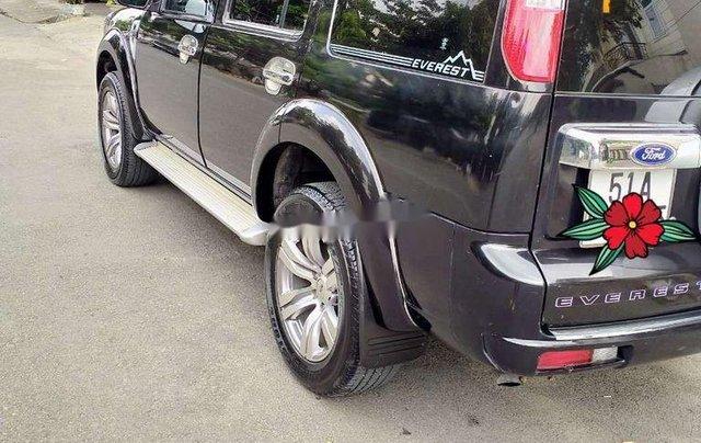 Cần bán gấp Ford Everest đời 2010, màu đen còn mới4