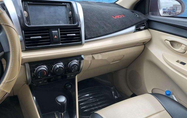 Cần bán xe Toyota Vios đời 2017, màu trắng chính chủ11