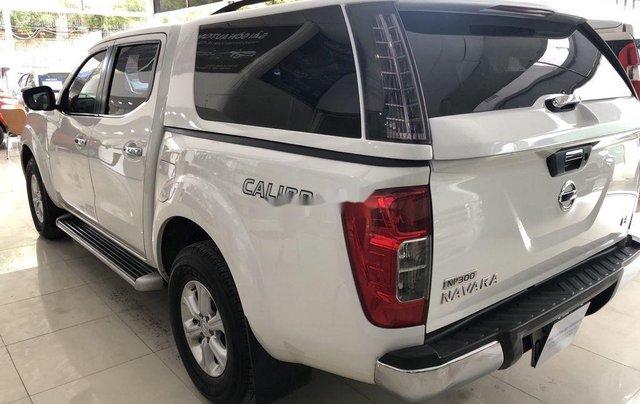 Bán Nissan Navara 2016, màu trắng, nhập khẩu chính chủ2