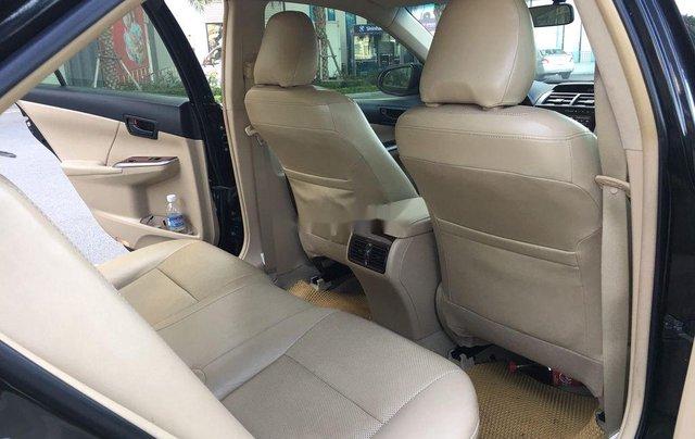 Cần bán xe Toyota Camry 2014, màu đen chính chủ, 668 triệu7