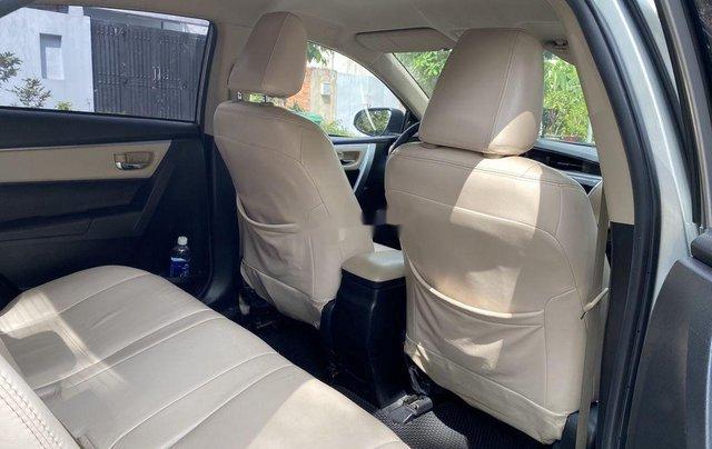 Xe Toyota Corolla Altis đời 2015, màu bạc còn mới, giá 536tr8