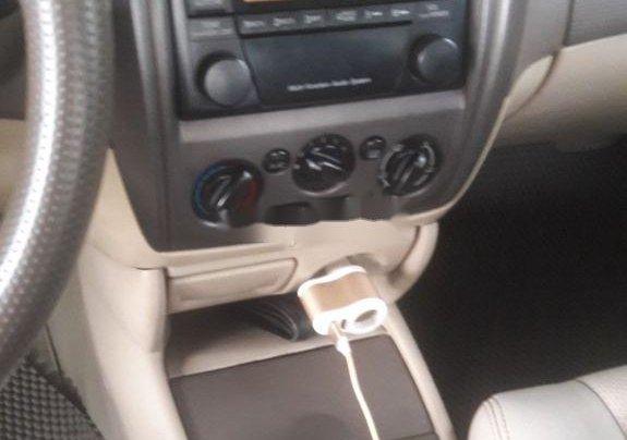 Cần bán Ford Laser 2004, màu đen chính chủ7