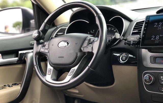 Cần bán xe Kia Sorento sản xuất 2018 còn mới, giá chỉ 798 triệu8