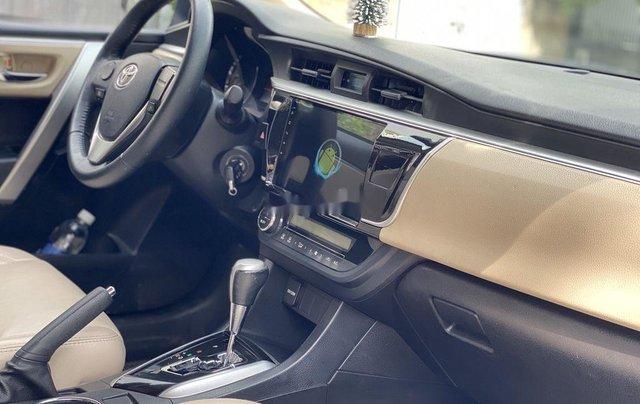 Xe Toyota Corolla Altis đời 2015, màu bạc còn mới, giá 536tr10