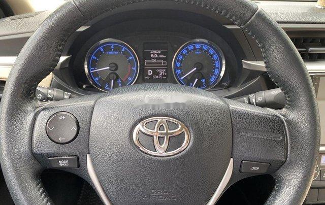 Xe Toyota Corolla Altis đời 2015, màu bạc còn mới, giá 536tr11