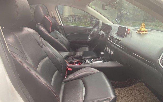 Cần bán lại xe Mazda 3 2015, màu trắng còn mới, 475 triệu6