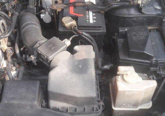 Cần bán Ford Laser 2004, màu đen chính chủ4