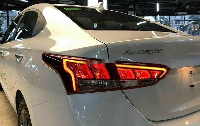 Cần bán Hyundai Accent sản xuất 2020, màu trắng, 520tr5