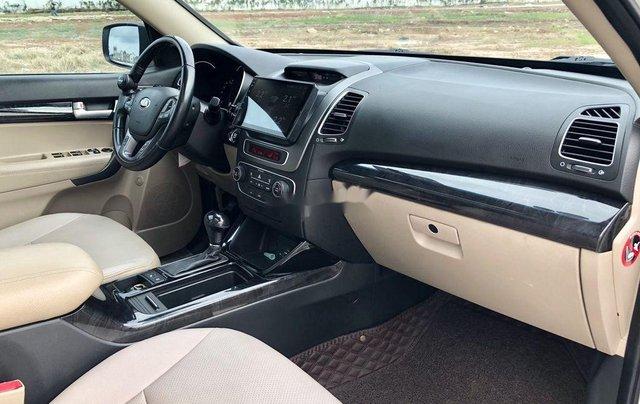Cần bán xe Kia Sorento sản xuất 2018 còn mới, giá chỉ 798 triệu6