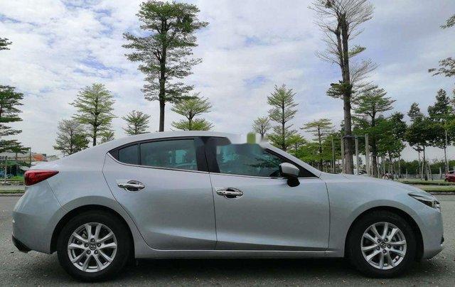 Bán Mazda 3 năm sản xuất 2018 còn mới, 588 triệu5
