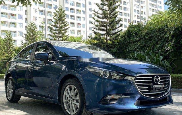 Cần bán xe Mazda 3 năm sản xuất 2018, màu xanh lam1