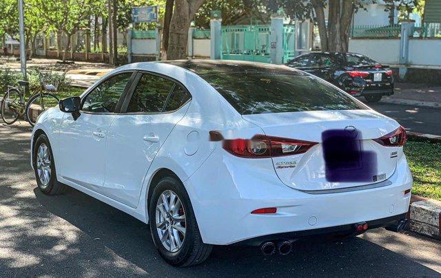 Cần bán Mazda 3 năm sản xuất 2015, màu trắng2
