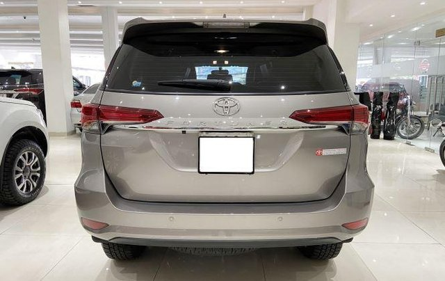 Bán xe Toyota Fortuner đời 2020, màu xám1