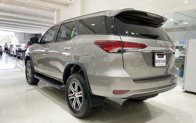 Cần bán gấp Toyota Fortuner năm 2020 còn mới4