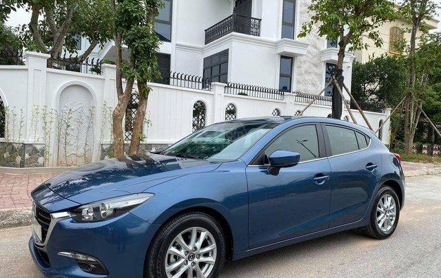 Cần bán xe Mazda 3 đời 2018, dáng Hatchback0