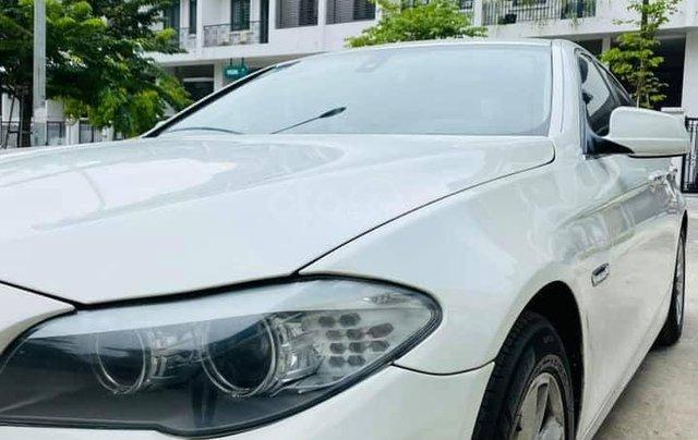 Cần bán xe BMW 520i đời 2014, màu trắng1