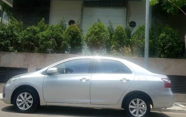 Bán Vios màu bạc bản E 2011, xe chỉ 1 chủ đi lại quanh phố, không kinh doanh, nôi thất rất mới0