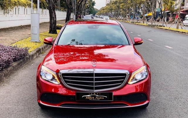 Bán Mercedes C200 Exclusive đỏ, sản xuất 2019, giá cả uy tín0