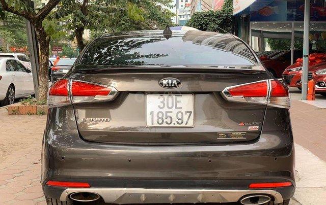 Cần bán xe Kia Cerato đời 2016, đi ít1