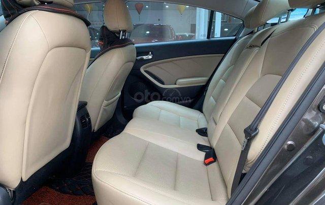 Cần bán xe Kia Cerato đời 2016, đi ít2