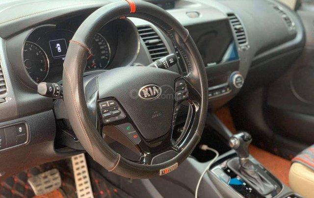 Cần bán xe Kia Cerato đời 2016, đi ít3