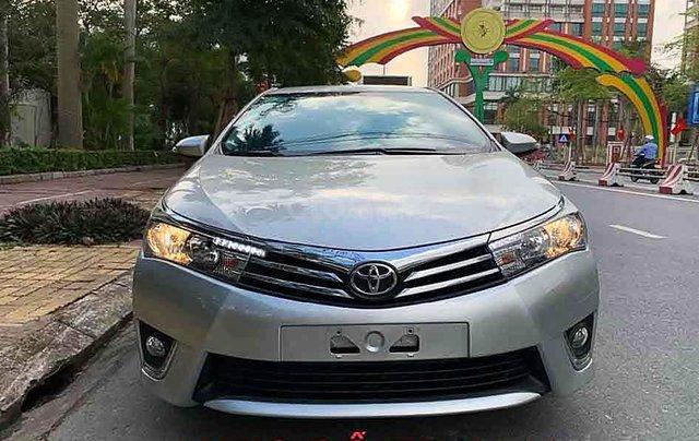 Bán Toyota Corolla Altis sản xuất năm 2015, màu bạc số tự động, giá chỉ 548 triệu2