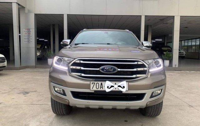 Bán Ford Everest Titanium 4x2 năm 2019, màu nâu, nhập khẩu số tự động4