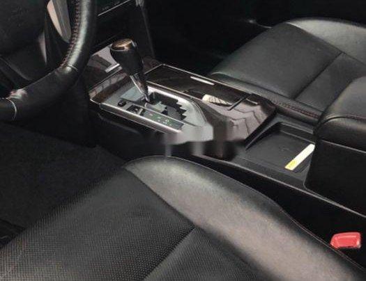 Cần bán xe Toyota Camry năm sản xuất 2015, màu đen xe gia đình, giá 819tr2
