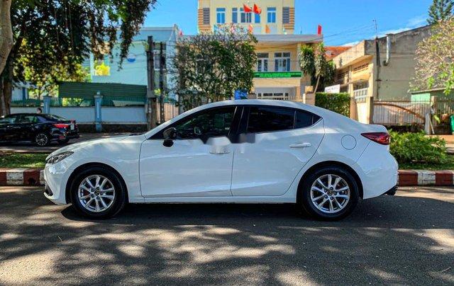 Cần bán Mazda 3 năm sản xuất 2015, màu trắng3