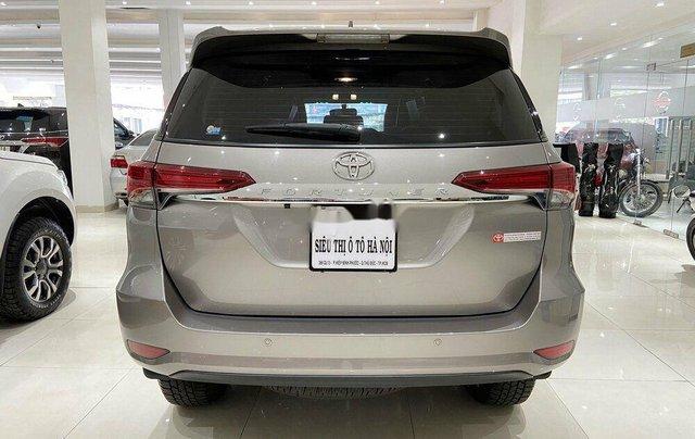 Cần bán gấp Toyota Fortuner năm 2020 còn mới3