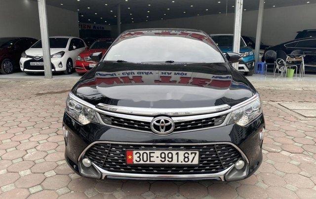 Bán ô tô Toyota Camry năm 2018, màu đen0