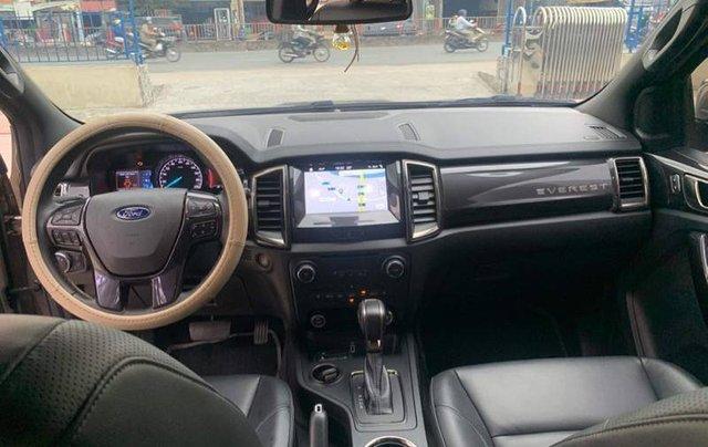 Bán Ford Everest Titanium 4x2 năm 2019, màu nâu, nhập khẩu số tự động6