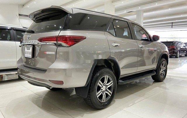 Cần bán gấp Toyota Fortuner năm 2020 còn mới5
