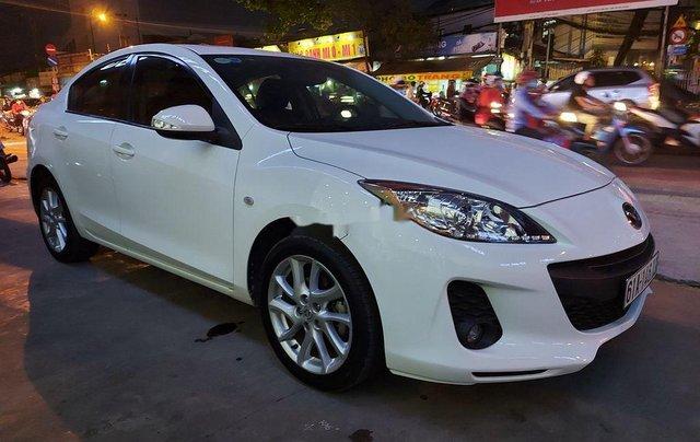 Cần bán xe Mazda 3 2013, màu trắng, 400 triệu2