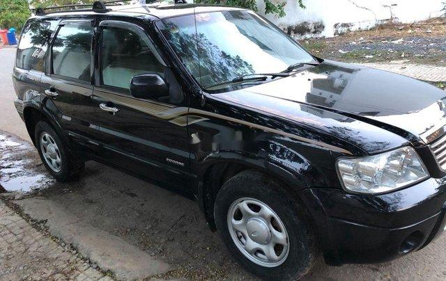 Cần bán xe Ford Escape 2004, màu đen chính chủ, 179tr2