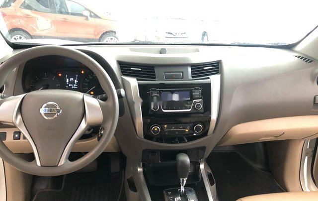 Cần bán lại xe Nissan Navara năm sản xuất 2016, nhập khẩu còn mới6