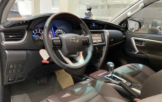 Cần bán gấp Toyota Fortuner năm 2020 còn mới6